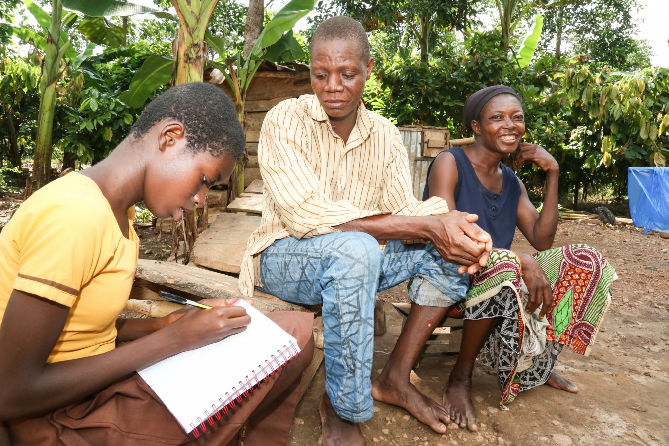 Ghana_FSP_Kumasi_Tom Maruko_Christie writing her dad's name in the book(10)(2)